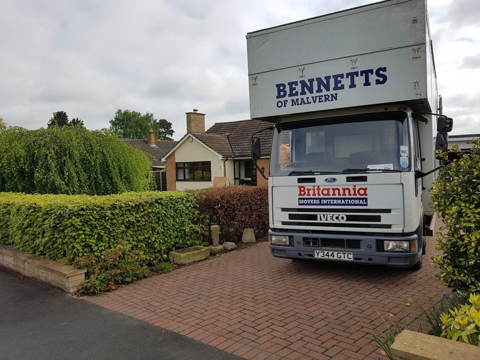 BB Removals Van and House in Worcester